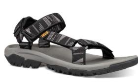 Despre sandale și canari